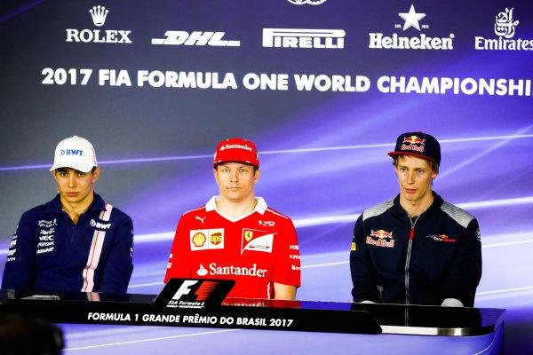 Interlagos, Sao Paulo, Brazil. Thursday 09 November 2017. Esteban Ocon, Force India, Kimi Raikkonen, Ferrari, and Brendon Hartley, Toro Rosso, in the press conference. World Copyright: Glenn Dunbar/LAT Images  ref: Digital Image _X4I8497