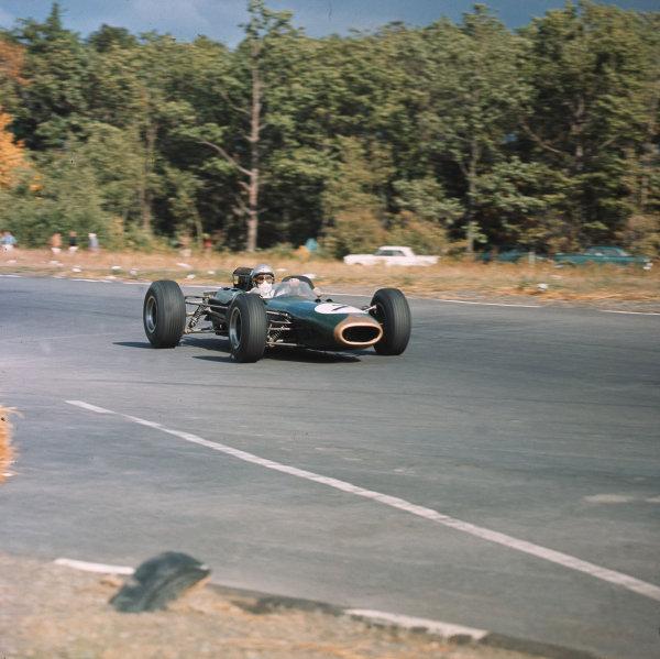 Watkins Glen, New York, USA.1-3 October 1965.Jack Brabham (Brabham BT11 Climax).Ref-3/1853.World Copyright - LAT Photographic