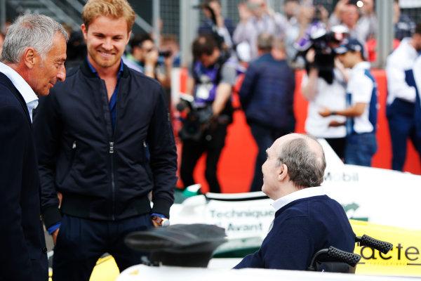 Williams 40 Event Silverstone, Northants, UK Friday 2 June 2017. Riccardo Patrese and Nico Rosberg talk to Sir Frank Williams. World Copyright: Joe Portlock/LAT Images ref: Digital Image _L5R0644