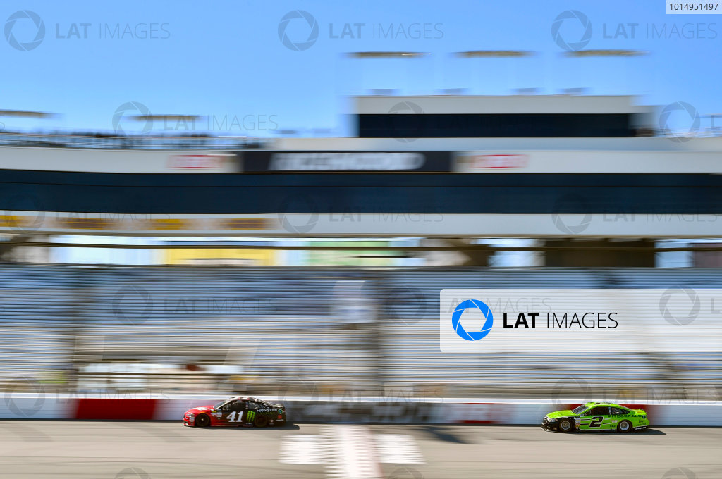 Monster Energy NASCAR Cup Series Federated Auto Parts 400 Richmond Raceway, Richmond, VA USA Friday 8 September 2017 Kurt Busch, Stewart-Haas Racing, Haas Automation/Monster Energy Ford Fusion and Brad Keselowski, Team Penske, Fitzgerald Glider Kits Ford Fusion World Copyright: Nigel Kinrade LAT Images