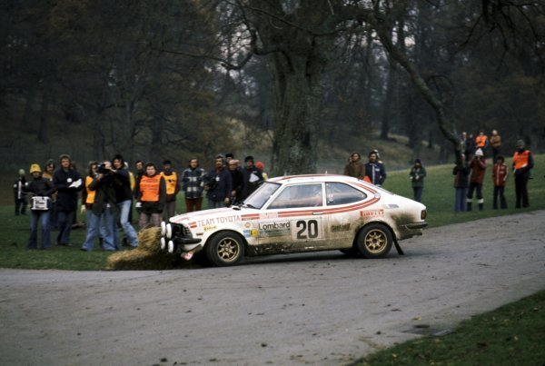 Chris Sclater (GBR) with co-driver Martin Holmes Toyota Corolla. Lombard RAC Rally of Great Britain, 22-26 November 1975.