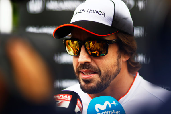 Sepang International Circuit, Sepang, Malaysia. Thursday 29 September 2016. Fernando Alonso, McLaren. World Copyright: Steven Tee/LAT Photographic ref: Digital Image _O3I9461