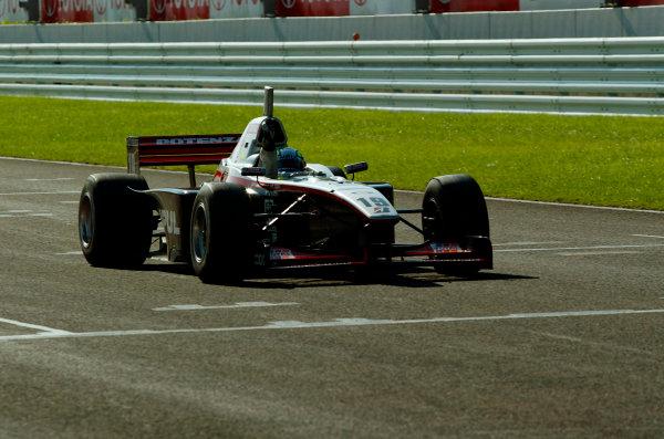 2003 Formula Nippon ChampionshipSugo, Japan. 27th July 2003.Race winner Satoshi Motoyama, action.World Copyriht: Yasushi Ishihara/LAT Photographicref: Digital Image Only