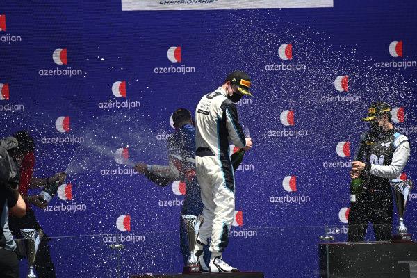 Dan Ticktum (GBR, Carlin), 2nd position, on the podium