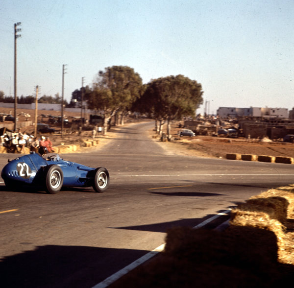 1958 Moroccan Grand Prix.Ain-Diab, Casablanca, Morocco.17-19 October 1958.Masten Gregory (Temple Buell Maserati 250F) 6th position.Ref-3/0133.World Copyright - LAT Photographic