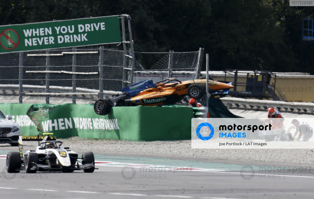Max Fewtrell (GBR) ART Grand Prix passes the crash scene of Alexander Peroni (AUS) Campos Racing