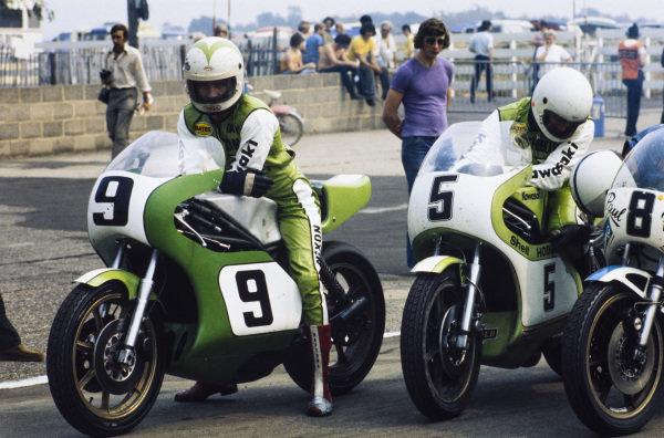 Gary Nixon, Kawasaki, waits alongside Barry Ditchburn, Kawasaki.