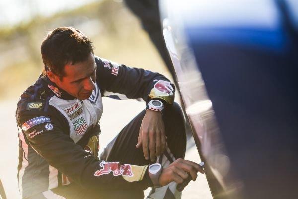 Julien Ingrassia (FRA), Volkswagen Polo R WRC checks tyre pressures at FIA World Rally Championship, Rd12, RAAC Rally de Espana, Day One, Costa Daurada, Catalunya, Spain, 23 October 2015.