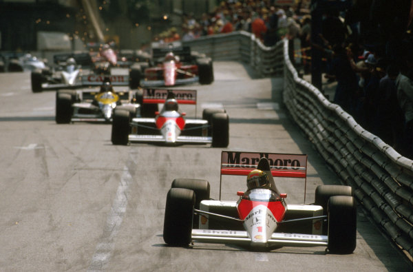 Monte Carlo, Monaco.4-7 May 1989.Ayrton Senna (McLaren MP4/5 Honda) 1st position at Mirabeau.Ref-89 MON 08.World Copyright - LAT Photographic